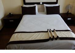 Edna Addis Hotel - Addis Ababa - 睡房