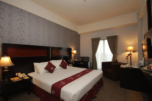 凯萨酒店 - 南雅加达 - 睡房