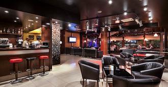 阿克塔艺术酒店 - 安道尔城 - 酒吧
