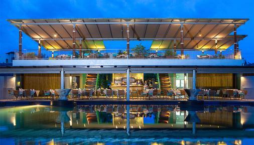 麦考叻克海滩Spa度假酒店 - 拷叻 - 餐馆