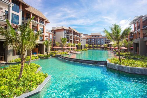 麦考叻克海滩Spa度假酒店 - 拷叻 - 建筑