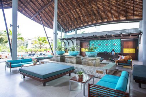 麦考叻克海滩Spa度假酒店 - 拷叻 - 大厅