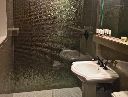 南海滩骑士酒店 - 迈阿密海滩 - 浴室