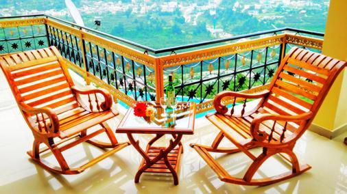 马那里休息旅馆 - 马拉里 - 阳台