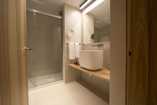 塞维利亚泽尼特酒店 - 塞维利亚 - 浴室