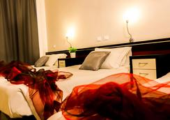 米兰罗索维诺酒店 - 米兰 - 睡房