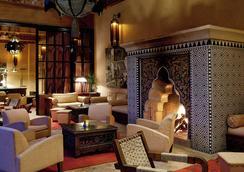 勒斯加丁斯德拉库图比亚酒店 - 马拉喀什 - 休息厅