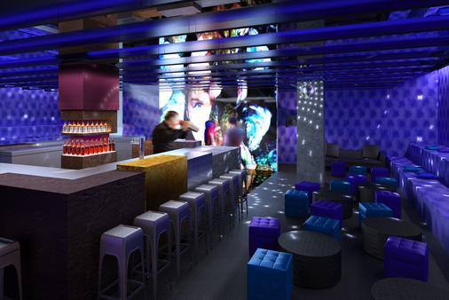 柏林one80°旅馆 - 柏林 - 酒吧