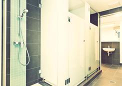 柏林one80°旅馆 - 柏林 - 浴室