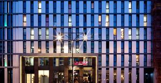 柏林one80°旅馆 - 柏林 - 建筑