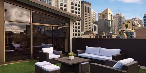 悉尼韦伯酒店 - 悉尼 - 露台