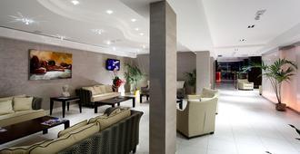 特米那尔温泉皇宫酒店 - 里米尼 - 大厅