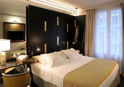 蒙塔勒贝特酒店 - 巴黎 - 睡房