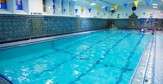 西区青年国际旅馆 - 纽约 - 游泳池