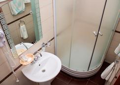 Tonika Hotel - 萨马拉 - 浴室
