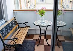 托尼卡酒店 - 萨马拉 - 阳台