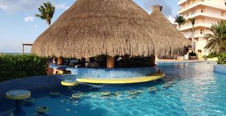 衣可美诺海滩度假酒店 - - 科苏梅尔 - 游泳池