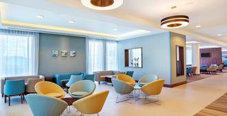 希尔顿汉普顿伯恩茅斯酒店 - 伯恩茅斯 - 大厅