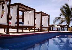 Hotel Baxar - 阿卡普尔科 - 游泳池