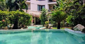 La Tortuga Hotel & Spa - 卡门海滩 - 游泳池
