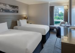 布里斯托市中心希尔顿逸林酒店 - 布里斯托 - 睡房