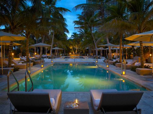 海滩大酒店 - 迈阿密海滩 - 游泳池