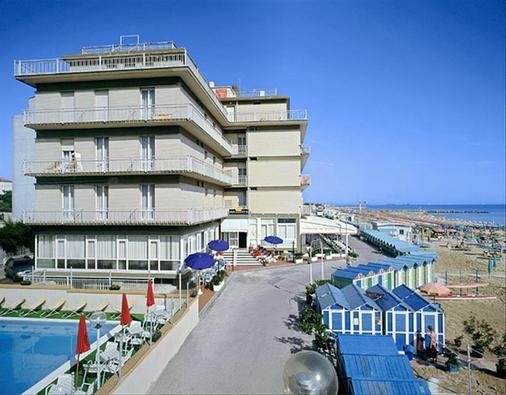 总统套房酒店 - 佩萨罗 - 建筑