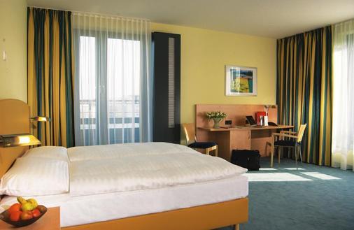 汉堡中央火车站城际酒店 - 汉堡 - 睡房