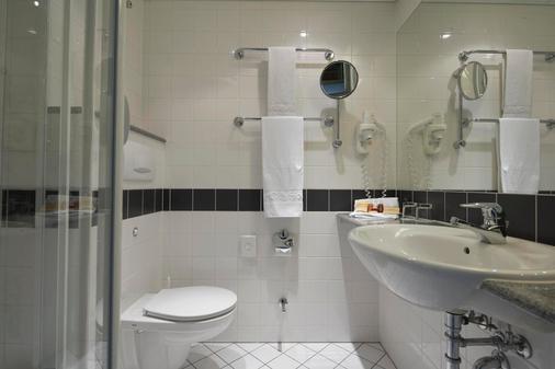 汉堡中央火车站城际酒店 - 汉堡 - 浴室