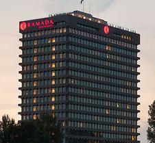 阿姆斯特丹市中心阿波罗华美达酒店