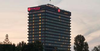 阿姆斯特丹市中心阿波罗华美达酒店 - 阿姆斯特丹 - 建筑