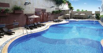 8度海逸酒店 - 香港 - 游泳池