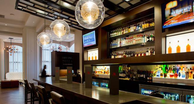 新奥尔良梅泰里莱克威万豪酒店 - 梅泰里 - 酒吧