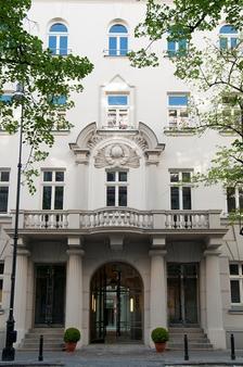 H15精品酒店 - 华沙 - 建筑