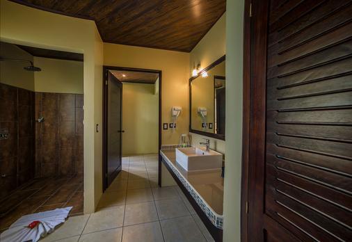 卡萨露娜Spa酒店 - 福图纳 - 浴室