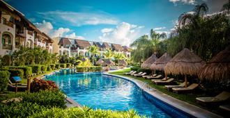 瓦伦丁玛雅帝国成人酒店 - 卡门海滩 - 建筑
