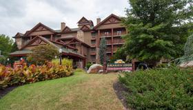 河上熊皮屋度假酒店 - 加特林堡 - 建筑