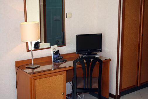 西塔2000酒店 - 罗马 - 客厅