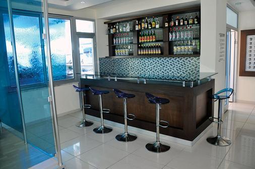 布鲁戴蒙德奥尔亚酒店 - 阿拉尼亚 - 酒吧