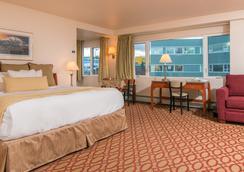 Anchorage Grand Hotel - 安克雷奇 - 睡房