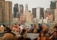 纽约大都会希尔顿逸林酒店 - 纽约