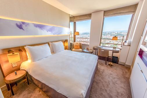 丽笙里昂酒店 - 里昂 - 睡房