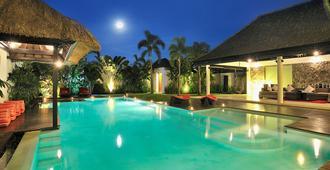 Villa De La Vie - 库塔 - 游泳池